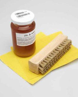 Goldo Oil  Et  Wax Set (Including Brush  Et  Sanding Paper)